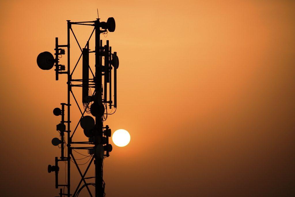 519841-mobiletower-1363120895